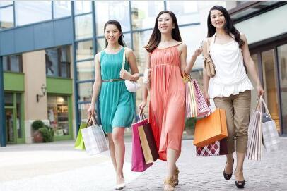 有很多女人特别喜欢逛街